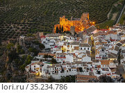 Castle and village of Zuheros at dusk, Cordoba province. southern... Стоковое фото, фотограф Jerónimo Alba / age Fotostock / Фотобанк Лори