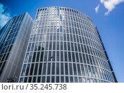 New modern apartment buildings. Стоковое фото, фотограф Юрий Бизгаймер / Фотобанк Лори