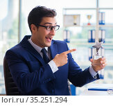 Businessman winning best employee of the month award. Стоковое фото, фотограф Elnur / Фотобанк Лори