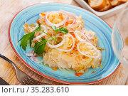 Traditional Russian salted cabbage sauerkraut with onion. Стоковое фото, фотограф Яков Филимонов / Фотобанк Лори