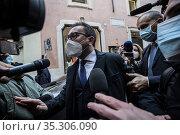 Italian outgoing Justice minister Alfonso Bonafede (C), a member ... Редакционное фото, фотограф Fotia/AGF/Francesco Fotia / age Fotostock / Фотобанк Лори