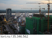 Yangon, Myanmar, view from Sky Bistro to the city center of the former capital city (2015 год). Стоковое фото, агентство Caro Photoagency / Фотобанк Лори