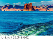 Excursion on a pleasure boat on Lake Powell. Lake Powell is a reservoir... Стоковое фото, фотограф Zoonar.com/kavram / easy Fotostock / Фотобанк Лори