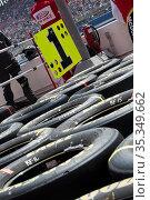 Fontana, CA - Mar 22, 2015: The NASCAR Sprint Cup Series teams take... Стоковое фото, фотограф Zoonar.com/Walter G Arce Sr ASP Inc / age Fotostock / Фотобанк Лори