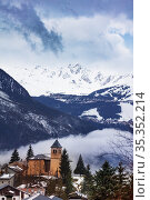Church of Champagny-en-Vanoise village in Fance (2020 год). Стоковое фото, фотограф Сергей Новиков / Фотобанк Лори