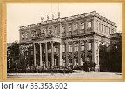 Europa, Deutschland, Berlin, Unter den Linden, Palais von Kaiser ... Редакционное фото, фотограф Historisches Auge Ralf Feltz / age Fotostock / Фотобанк Лори