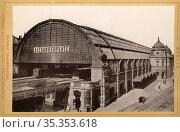 Europa, Deutschland, Berlin, Berlin-Mitte, Bahnhof Alexanderplatz... Редакционное фото, фотограф Historisches Auge Ralf Feltz / age Fotostock / Фотобанк Лори