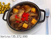 Roast beef with mushrooms and braised pepper. Стоковое фото, фотограф Яков Филимонов / Фотобанк Лори