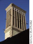 Traditional Windcatcher (Badgir), Yazd, Iran. Стоковое фото, фотограф Massimo Pizzotti / age Fotostock / Фотобанк Лори