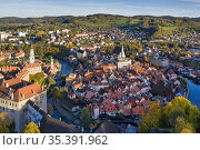 Late afternoon aerial view of the picturesque, fairy tale town of... Стоковое фото, фотограф Larry Malvin / age Fotostock / Фотобанк Лори