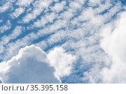 Blue sky with cirrus and cumulus clouds. Стоковое фото, фотограф Сергей Фролов / Фотобанк Лори