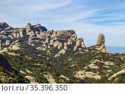 Montserrat is an emblematic mountain of Catalonia in which many types... Стоковое фото, фотограф Isidro López Pérez / age Fotostock / Фотобанк Лори