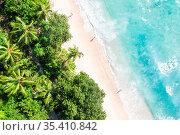 Mahe, Seychellen - 8. Februar 2020: Takamaka Strand Mahé Mahe Paradies... Стоковое фото, фотограф Zoonar.com/Markus Mainka / age Fotostock / Фотобанк Лори