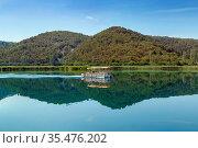 Cruise on river in Krka National Park, Croatia. Стоковое фото, фотограф Zoonar.com/Boris Breytman / easy Fotostock / Фотобанк Лори