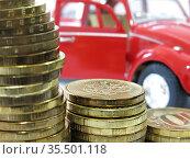 Покупка автомобиля. Редакционное фото, фотограф Татьяна Т / Фотобанк Лори