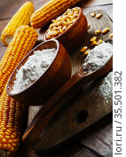 Starch and corn cob. Стоковое фото, фотограф Надежда Мишкова / Фотобанк Лори