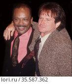 Quincy Jones Robin Williams 1991 Photo By John Barrett/PHOTOlink (2008 год). Редакционное фото, фотограф Photo By John Barrett/PHOTOlink / age Fotostock / Фотобанк Лори