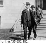 FRANKLIN, P.A.S. TITANIC  Creator(s): Harris & Ewing, photographer... Редакционное фото, агентство World History Archive / Фотобанк Лори