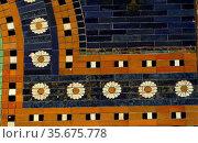 Ishtar Gates, Babylon plus details showing palms, lions and animals. Редакционное фото, агентство World History Archive / Фотобанк Лори