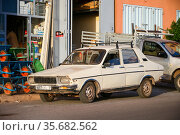 Renault 12 (2019 год). Редакционное фото, фотограф Art Konovalov / Фотобанк Лори