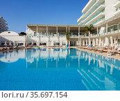 Protaras, Cyprus - Oct 12. 2019. Constantinos The Great Beach Hotel. Outdoors. Редакционное фото, фотограф Володина Ольга / Фотобанк Лори