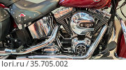 Harley-Davidson Touring Road King Classic. A stripped-down highway... Стоковое фото, фотограф Ruddy Gold / age Fotostock / Фотобанк Лори