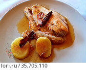 Turbot a la Donostiarra with bakery potatoes, You are going to suck... Стоковое фото, фотограф Ruddy Gold / age Fotostock / Фотобанк Лори