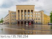 Building of the University of Water Transport in Nizhny Novgorod (2020 год). Стоковое фото, фотограф Дмитрий Тищенко / Фотобанк Лори