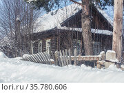 Old village abandoned house. Стоковое фото, фотограф Юрий Бизгаймер / Фотобанк Лори