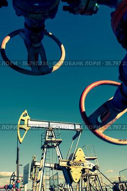Oil pumpjack, industrial equipment. Rocking machines for power generation...
