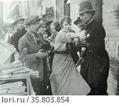 The Birth of a Nation (originally called The Clansman); a 1915 American silent drama film directed by D. W. Griffith. Редакционное фото, агентство World History Archive / Фотобанк Лори