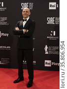 Elio Germano at the Red carpet of 66th edition of the David di Donatello... Редакционное фото, фотограф Pool / AGF/Pool / AGF / age Fotostock / Фотобанк Лори