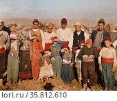 Colour photograph of Turkish refugees fleeing Edirne. Редакционное фото, агентство World History Archive / Фотобанк Лори