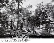 Indonesian graveyard. Редакционное фото, агентство World History Archive / Фотобанк Лори