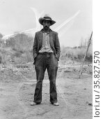 Mexican field worker, father of six. Imperial Valley, Riverside County, California by Dorothea Lange 1895-1965, dated 19350101. Редакционное фото, агентство World History Archive / Фотобанк Лори