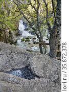 Purgatorio waterfall in the Sierra de la Morcuera. Rascafria. Madrid... Стоковое фото, фотограф María del Valle Martín Morales / age Fotostock / Фотобанк Лори