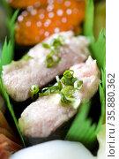 Fatty tuna roll. Стоковое фото, агентство Ingram Publishing / Фотобанк Лори