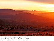 Sonnenaufgang in der Weite Namibias, Landschaft Palmwag, sunrise ... Стоковое фото, фотограф Zoonar.com/W. Woyke / age Fotostock / Фотобанк Лори