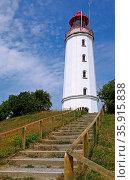 Leuchtturm Dornbusch auf der Insel Hiddensee, lighthouse at island... Стоковое фото, фотограф Zoonar.com/wiw / age Fotostock / Фотобанк Лори