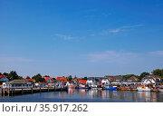 Hafen Vitte auf der Insel Hiddensee, port Vitte at island Hiddensee... Стоковое фото, фотограф Zoonar.com/wiw / age Fotostock / Фотобанк Лори