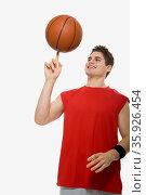 Basketball player. Стоковое фото, фотограф Shannon Fagan / Ingram Publishing / Фотобанк Лори
