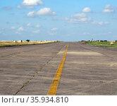 A disused runway at RAF Upper Heyford, a Royal Air Force station. Редакционное фото, агентство World History Archive / Фотобанк Лори