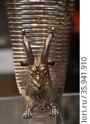 Silver wine pourer from Alt?ntepe. Редакционное фото, агентство World History Archive / Фотобанк Лори