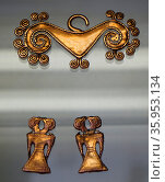 Gold objects from Colombia, South America, 1100-1500AD (2016 год). Редакционное фото, агентство World History Archive / Фотобанк Лори
