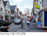 """Main street in times of the Corona Pandemic, Rheinbach, Rhein-Sieg-Kreis, North Rhine-Westphalia, Germany"" Редакционное фото, агентство Caro Photoagency / Фотобанк Лори"