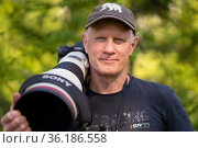 Photographer Staffan Widstrand with SONY gear, Sweden 2020. Стоковое фото, фотограф Staffan Widstrand / Nature Picture Library / Фотобанк Лори