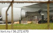 Detailed close-up of an airplane engine. Редакционная анимация, видеограф Игорь Жоров / Фотобанк Лори
