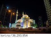 DUBAI, UAE - NOVEMBER 12: Mohammad Bin Ahmed Al Mulla Mosque at night... Стоковое фото, фотограф Zoonar.com/Yuri Dmitrienko / easy Fotostock / Фотобанк Лори
