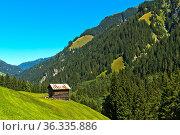 Speicherhaus im Safiental, Mittelteil, Blick nach Norden, Graubünden... Стоковое фото, фотограф Zoonar.com/Mike / easy Fotostock / Фотобанк Лори