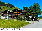 Safien Platz, Safiental, Surselva, Graubünden, Schweiz / Safien Platz... Стоковое фото, фотограф Zoonar.com/GFC Collection / age Fotostock / Фотобанк Лори